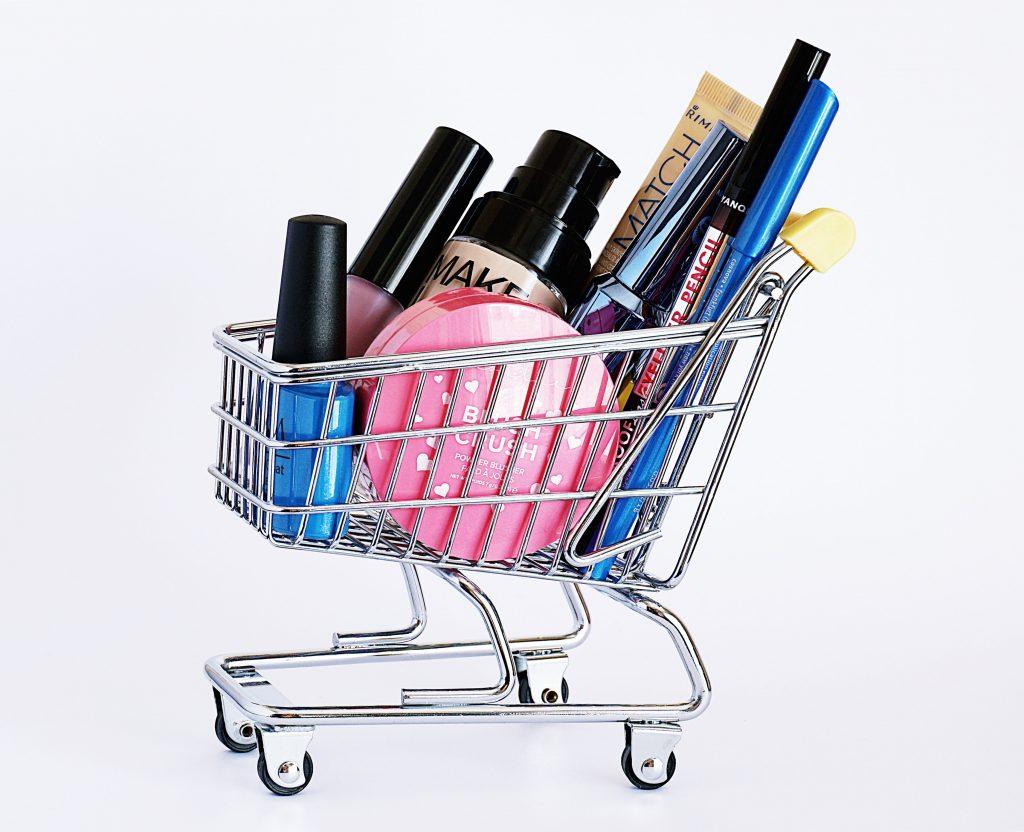 como elegir la base de maquillaje perfecta